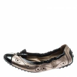 Tod's Black And Metallic Grey Brogue Leather Tassel Cap Toe Scrunch Ballet Flats Size 37 Tod's 195226