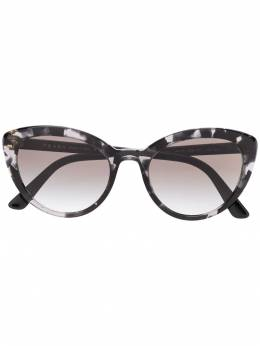 Prada Eyewear - cat eye sunglasses 60V95033955000000000