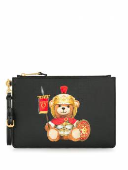 Moschino клатч Teddy Bear с логотипом A84298210