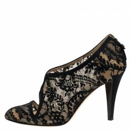 Oscar de la Renta Black Lace Cut Out V Neck Pumps Size 39 244058