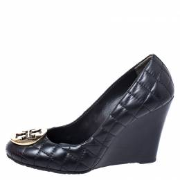 Tory Burch Black Quilted Leather Reva Logo Studded Wedge Pumps Size 37 249426