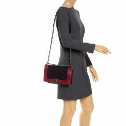 Black/Red Quilted Leather Medium Boy Flap Bag Chanel 247987