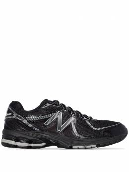 New Balance black 860 V2 low top sneakers ML860XC