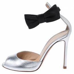 Gianvito Rossi Metallic Silver/Black Leather Bunny Bow Ankle Strap Sandals Size 35 252043