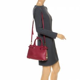 Burberry Red/Beige Leather and House Check Fabric Small Banner Tote 253354