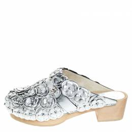 Chanel Metallic Silver Camellia Embellished CC Lock Wooden Clogs Size 40.5 257029