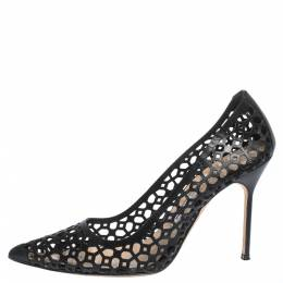 Manolo Blahnik Black Laser Cut Leather Pointed Toe Pumps Size 39.5 296798