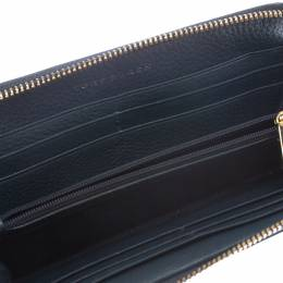 Tory Burch	 Navy Blue Quilted Leather Robinson Zip Around Wallet 300376