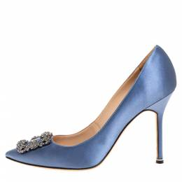 Manolo Blahnik Pale Blue Satin Hangisi Embellished Pointed Toe Pumps Size 40.5 316274
